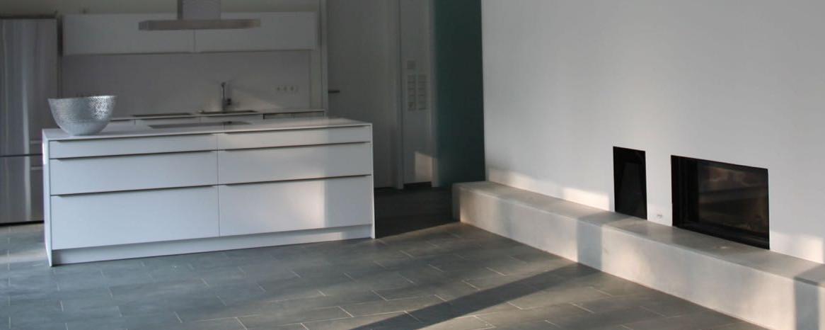 25 wei e k che mit grauer arbeitsplatte bilder wunderbar weisse kuche graue arbeitsplatte. Black Bedroom Furniture Sets. Home Design Ideas
